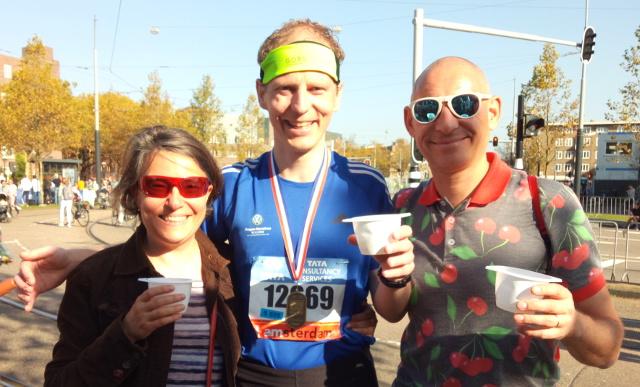 V cíli amsterdamského maratonu